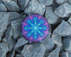 Piedra de Mandala, mano pintada