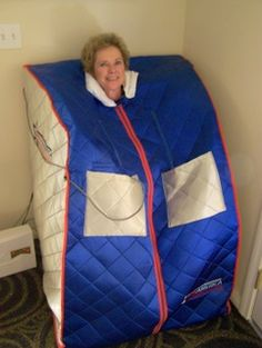 Peggy Sue Roberts in her Far Infra-red Sauna doing an natural,alternative cancer treatment similar to that used at the Mexican cancer clinic's in Tijuana, Mexico.