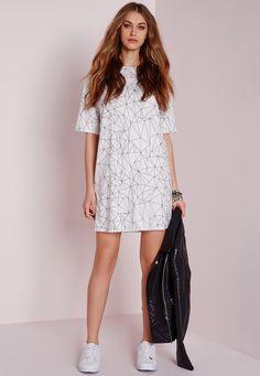 Missguided - Short Sleeve Line Print T-Shirt Dress White/Black