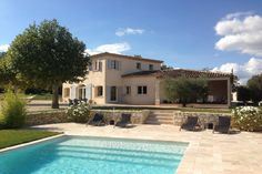 Swimming Pool Designs, Swimming Pools, Provence Garden, Dream Pools, Spanish House, French Countryside, Villa, French Country Style, Cool Pools