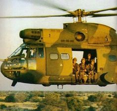After we were ambushed I did a follow up with 4 chaps   we were picked up by a Puma...about 20 clics into Angola, tired and thirsty...we sat just like this with a cold fanta care of the crew....17/11/1979 Military Life, Military History, Once Were Warriors, Army Pics, South African Air Force, Army Day, Defence Force, Military Helicopter, Korean War