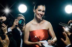Professional Photo-Shoot: Make-up, hair, champagne. Feel like a star.