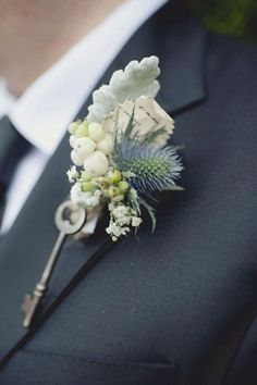 Vintage Boutonniers--Gina I'm doing this for groom.
