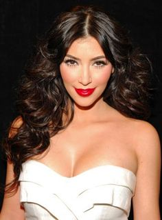 Kim K's hair is wonderful. 