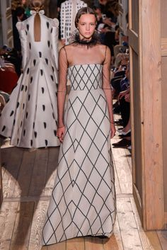 Paulina Frankowska for Valentino Couture Fall 2016 ph Giovanni Giannoni