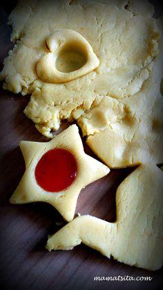 Μπισκότα πάστα φλώρα - συνταγή mamatsita.com - mamatsita.com Greek Sweets, Greek Desserts, Ice Cream Desserts, Greek Recipes, Chocolate Sweets, Easy Snacks, Cookie Recipes, Food To Make, Food Processor Recipes