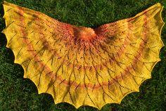 Sunday Sunrise shawl : Knittyspin Spring+Summer 2014