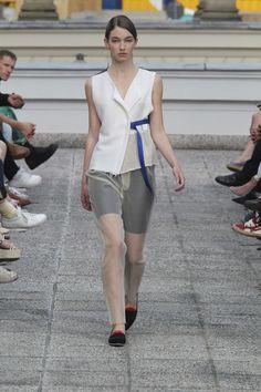 Vladimir Karaleev Printemps/Eté 2015, Womenswear - Défilés (#19282)