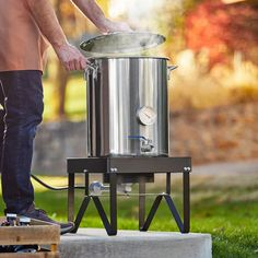 Backyard Pro BREWKIT1 Brewing Kit with Square Single Burner Outdoor Patio Stove / Range and 40 Qt. / 10 Gallon Stainless Steel Brewing Pot Kit Home Brewery, Stainless Steel Pot, Brew Your Own, Beer Recipes, Backyard, Patio, Beer Brewing, New Hobbies, Steel Frame