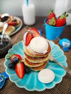 Waffles, Pancakes, Kefir, Panna Cotta, Breakfast, Ethnic Recipes, Food, Morning Coffee, Dulce De Leche