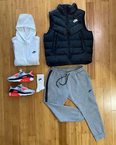 "Derek on Instagram: ""2020 Air Max iii Radiant Red > 2015 Air Max 90 Infrared? @outfitgrid Nike Essentials In-line Challenge Nike Club Fleece Hoodie Nike…"""
