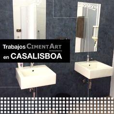 Aplicación de nuestro #microcemento en cuarto de baño sofisticado y moderno.