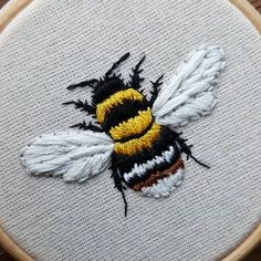 chloeomalley_embroidery