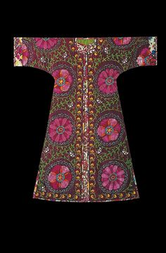 """The Persian name given to this dress means """"good deed"""". Through its feeling of balance and the wisdom which emanates from it, this textile embroidered on a silk brackground suggests goodness.Its centre is in the shape of a door (the """"mirab"""") encouraging philosophical thought and the acquirement of knowledge, as well as suggesting the doorway to the infinite."""