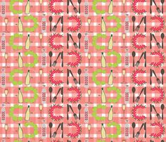 Spot the Picnic! fabric by madex on Spoonflower - custom fabric