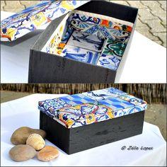 """Caixa de sapatos nº 45 forrada com tecido e papel. Tema """"Azulejos de Portugal"""""""