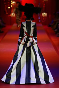 Christian Lacroix Haute Couture Fall-Winter 2002