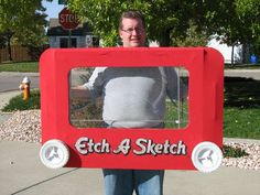 Fully Functional Etch-a-Sketch Costume: Each year, our family does a theme costume, and this year, we decided to be classic toys. One of my favorite toys from my childhood is the Etch a Sketch. Costume Halloween, Easy Homemade Halloween Costumes, Halloween Costumes For Teens, Holidays Halloween, Halloween Crafts, Halloween Ideas, Halloween 2018, Halloween Couples, Group Halloween
