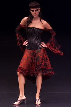 Alexander McQueen Spring 2002 Ready-to-Wear - Collection - Gallery - Style.com