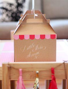 Kids Birthday Party Ideas, Maternity Photography, Kids Crafts, Modern Nursery Decor, Family Blog   100 Layer Cakelet