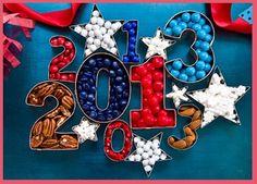 Graduation Party Ideas- Have fun with numbers buena idea para usar cookie cutters en diferentes formas o con letras y numeros para formar nombre/s del homenajeado/a o fiesta, y edad. por ejemplo Tati 11. y poner confites, m's, etc.