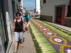 Castropol se cubre de alfombras florales por el Corpus