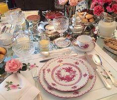 Mesa em tons de rosa e branco!