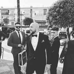 Ismael baji los 40 grados #manuelgonzalez_wedding #fotografodebodasarahal #fotografosdeboda #fotografiadebodas #bodas #boda #bodasconencanto #arahal #sevilla #andalucia #brideandgroom #weddingday #inspiration #noviasfelices #weddinginspiration #weddingseason #bestweddingphoto #luxurywedding #weddingportrait #fearlessphotograp #preboda