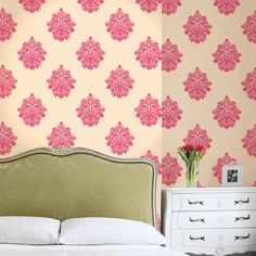 Damasutra Wallpaper Cream & Pink - Bedroom View