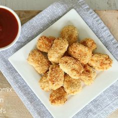 These Thermomix Chicken Nuggets are quick and easy to make. plus they make the perfect snack or party food! Homemade Chicken Nuggets, Nuggets Recipe, Lunch Box Recipes, Dinner Recipes, Lunchbox Ideas, Easy Party Food, Cauliflower Recipes, Cauliflower Nuggets, Baking Tins