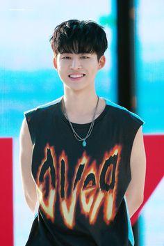 """메이드 모먼✨ on Twitter: """"ONLY YOU ——💭❤️ #한빈 #HANBIN #비아이 #Bl #ハンビン #아이콘 #iKON… """" Kim Hanbin Ikon, Ikon Kpop, Mix And Match Ikon, Bobby, Ikon Leader, Ikon Debut, Ikon Wallpaper, Korean Products, Handsome Prince"""