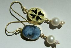 Earring with Cameo, Gold & Pearl - Handmade Jewelry by Nicole Bolze ORIGINALS