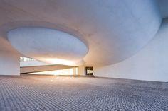CITÉ DE L'OCÉAN ET DU SURF // Steven Holl Architects