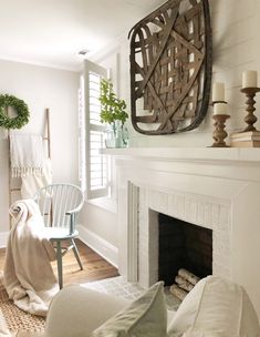 5 Exceptional Tricks: Fireplace Wall With Seating double sided fireplace candles.Corner Fireplace And Tv fireplace vintage architectural salvage.Corner Fireplace And Tv. Cottage Fireplace, Victorian Fireplace, Small Fireplace, White Fireplace, Fireplace Wall, Living Room With Fireplace, Fireplace Surrounds, Fireplace Design, Fireplace Ideas