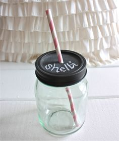 DIY Chalkboard Lid Mason Jars by eventsbyshelbirene: Party perfect. 2 steps! #DIY #Chalkboard_Lid_Mason_Jars