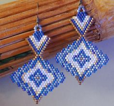 Your place to buy and sell all things handmade Brick Stitch Earrings, Seed Bead Earrings, Seed Bead Art, Earring Tutorial, Native American Beading, Beading Projects, Bead Weaving, Beading Patterns, Beaded Jewelry