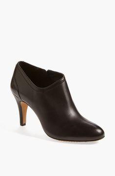 Basic Black Booties! #fallfashion #fashionable #fashionblogger #boots #booties #wearblack #officechic