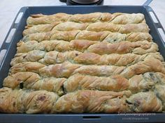 Pita Recipes, Greek Recipes, Cooking Recipes, Greek Pita, Eat Greek, Cypriot Food, Greek Cooking, Greek Dishes, Jewish Recipes