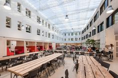 Christian University of Applied Sciences, Ede, The Netherlands. By Inbo #meetingspace #aula #hall