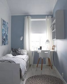 14 Trendy Bedroom Design and Decor Ideas for Your Next Makeover - The Trending House Tiny Bedroom Design, Small Space Bedroom, Home Room Design, Interior Design Small Bedroom, Bedroom Ideas For Small Rooms, Very Small Bedroom, Small Spaces, Small Small, Small Childrens Bedroom Ideas