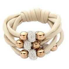 Bracciale in lycra beige con boules rosate e passanti in strass Rope Jewelry, Bead Jewellery, Fabric Jewelry, Beaded Jewelry, Diy Jewelry To Sell, Jewelry Crafts, Woven Bracelets, Bijoux Diy, Diy Necklace