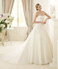 83e86af8bfd PRONOVIAS 2013 GLAMOUR COLLECTION - DISCO A Wedding Planner