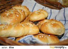 Houstičky recept - TopRecepty.cz Hot Dog Buns, Hamburger, Bread, Program, Food, Brot, Essen, Baking, Burgers
