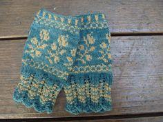 pretty mitts - farmgirlcreates.blogspot.com