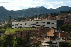 Fernando Botero Park Library, San Cristóbal, Colombia / G Ateliers Architecture (2009)