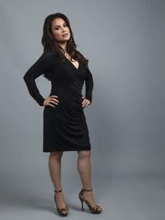 Lea salgona- miss Saigon, le mis Lea Salonga, Art Series, Fashion News, Fashion Trends, Girl Power, Asian Beauty, My Idol, Dress Skirt, What To Wear