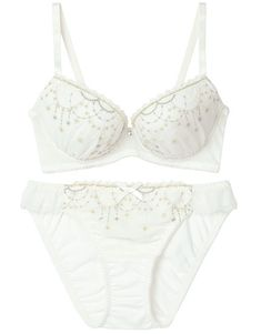 White Pants Fashion, White Knickers, Bra And Panty Sets, Wacoal, Sexy Bra, Silk Gown, Lingerie Set, Beachwear, Girl Outfits