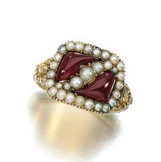 Gold and seed pearl mourning ring, circa 1815 - Ancient Jewelry, Antique Jewelry, Silver Jewelry, Vintage Jewelry, Garnet Jewelry, Mourning Ring, Mourning Jewelry, Jewelry Box, Jewelery