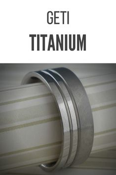 Splendid twin-groove titanium wedding ring with a half polished/half satin finish. This classic flat-top ring has a natural edge and is available in several width options from 7 mm to 10 mm. Whole and half sizes from 4.5 to 13. Comfort fit.