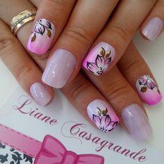 Pretty Flower Printed Nails